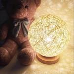 Luimode LED Rattan Tischlampe Rattan Kugel Dekorative Nachtlicht Innenbeleuchtung Innen Deko für Wohnungen, Schlafzimmer, Fenster,ideale Geschenk für Freund,Familien