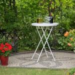 Relaxdays Stehtisch klappbar weiß BASTIAN rund, Bistrotisch HxD: 110 x 80 cm, Rattan-Optik, Wetterfest, Bartisch, white